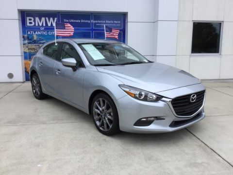 Pre-Owned 2018 Mazda3 5-Door